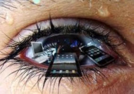 smartphone su occhi